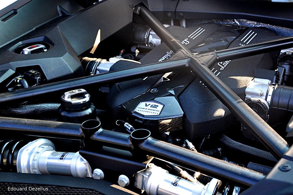 Lamborghini Aventador V12 Engine - Cars and Coffee Paris F