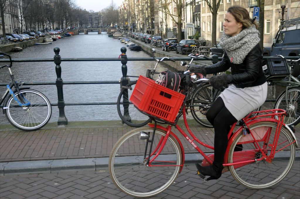 7753ec8f3e ... amsterdamcyclechic red Dutch bike - Amsterdam Cycle Chic by Aude