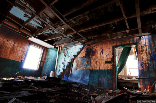 road old house zach barn ottawa innes navan bergamin