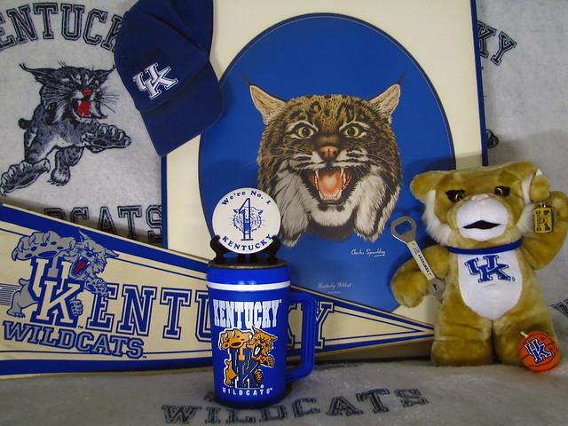 Kentucky Wildcats - Old School / New School Logo