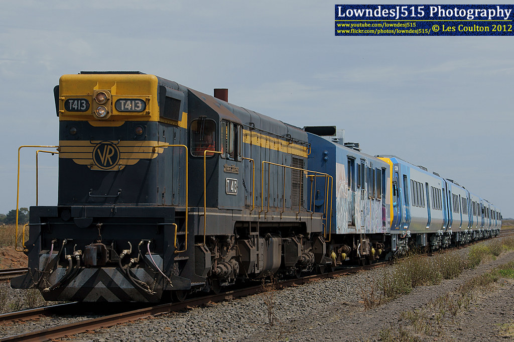 T413 at Batesford by LowndesJ515
