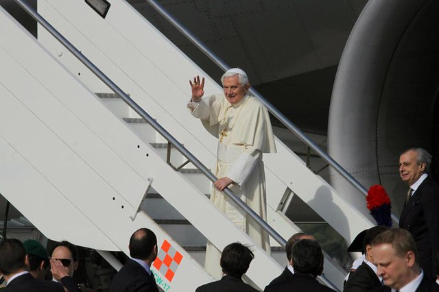 Papa inicia viaje a América Latina