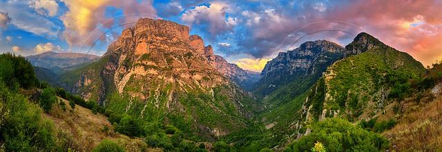 Χαράδρα του Βίκου Vikos Corge panorama
