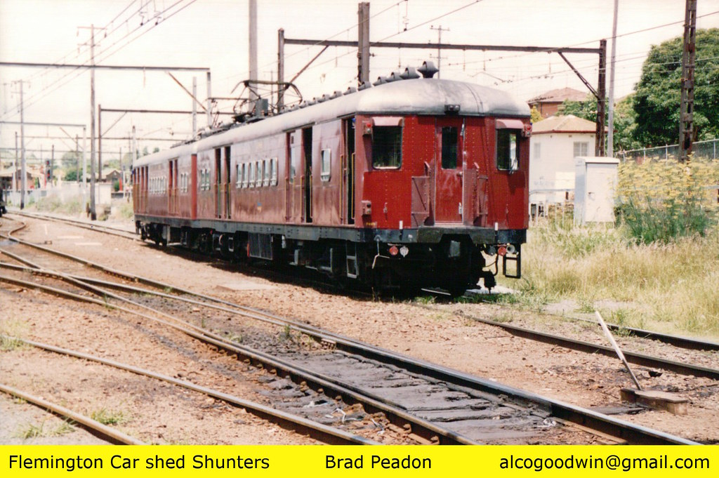 Sydney red rattle electric trains by alcogoodwin