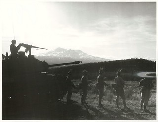 Royal NZ Infantrymen on manoeuvres with an [a] M41 Tank at Waiouru Military Camp