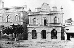 Murray Street 91 to 89 Institute and Town Hall