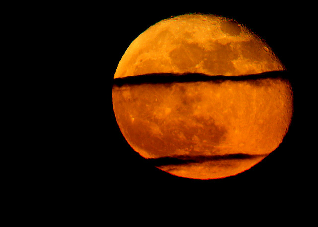 Red Moon rising - Alba di luna rossa