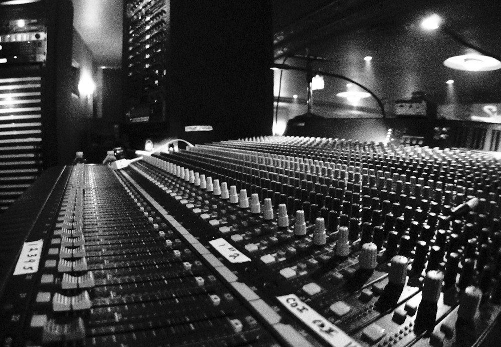 Pink Floyd Experience - Sound Board | My cousin is the lead