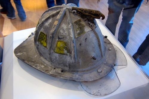 NYC - FiDi: 9/11 Memorial Visitor Center - FDNY Battalion Chief Helmet