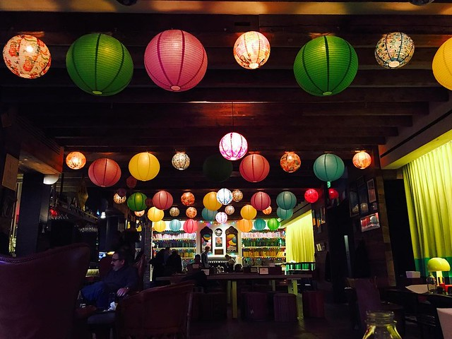 Little lounge part in pod 39 super cute. #newyorkhotel #newyork #newyorkcity #nyc #lanterns