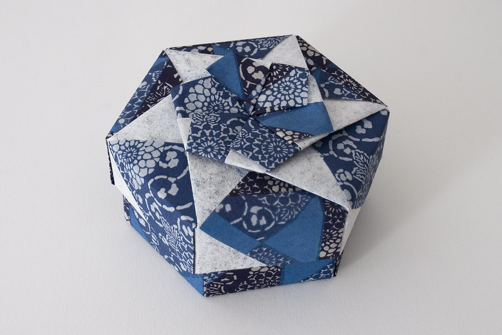 Box with Lid - How to origami box instructions at Howto-Origami ... | 682x1023