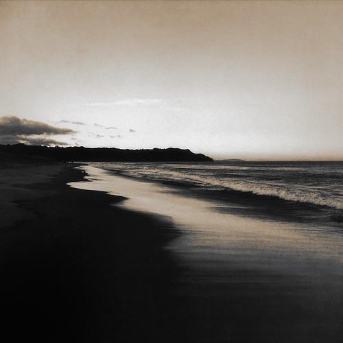 ocean light newzealand texture beach reflections landscape evening shadows darkness monotone bowentown kurtpeiserexcellence favsunsetsunrise