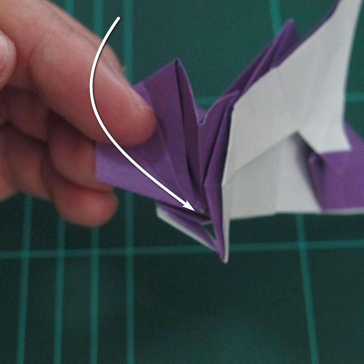 วิธีพับกระดาษเป็นรูปนกอินทรี (Origami Eagle) 029