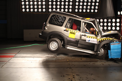 Mahindra Scorpio - NO AIRBAGS | by Global NCAP