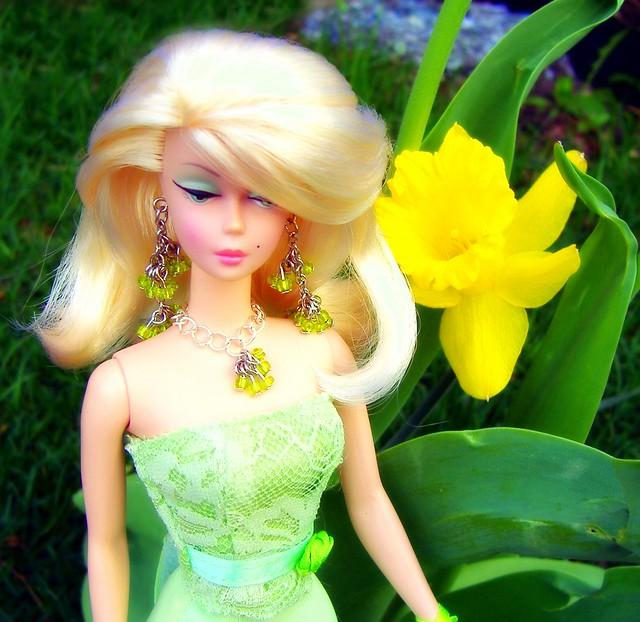 Lisette & Daffodil #1