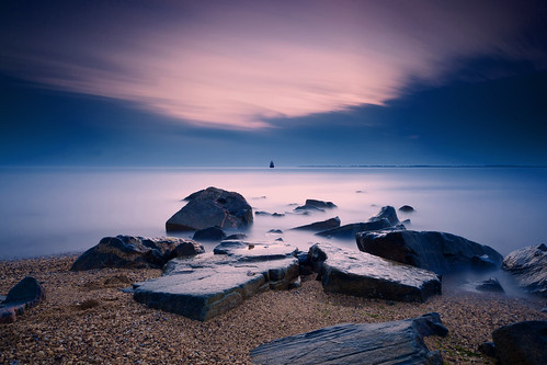 longexposure morning beach sunrise canon landscape dawn rocks horizon maryland boulders cloudscape chesapeakebay waterscape 271 sandypoint hoyand400 5dmkii hitechgnd09 singhrayrgnd ef1740f40lusm 8minute52secondexposure