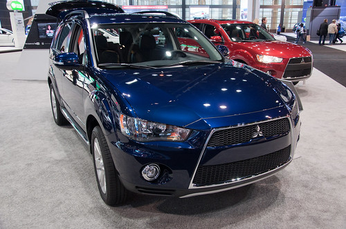 2012 Mitsubishi Outlander Photo