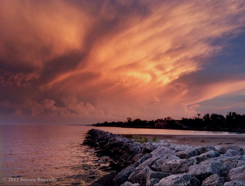 sunset cloud storm wisconsin clouds lakemichigan thunderstorm wi kenosha severestorm