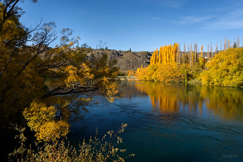autumn trees newzealand sky leaves reflections shadows hills autumncolours alexandra southisland centralotago autumncolour cluthariver tripdownsouth populartrees