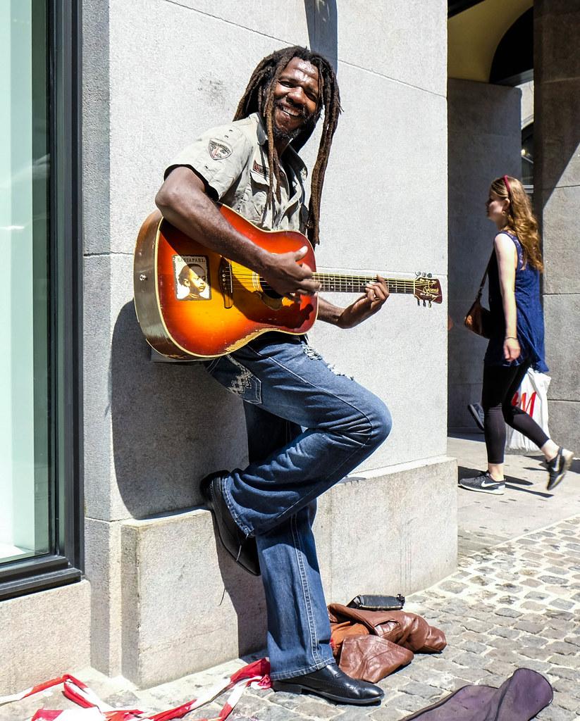 Playing in the sun Copenhagen