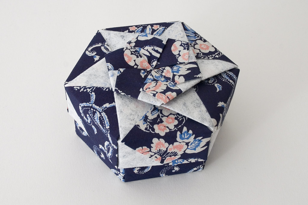 Hexagonal Origami Box with Lid #22