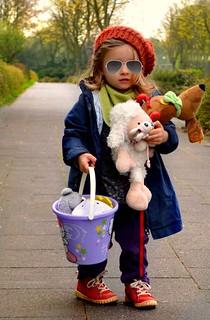 Toddler (http://www.pusteblumenbaby.de/)   by Maja&Co
