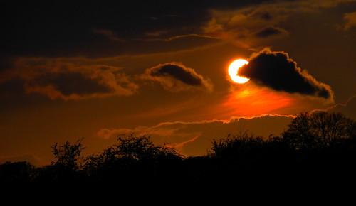 sunset sky orange cloud black nature weather silhouette rural circle skyscape walking evening shropshire warmth shrewsbury mygearandme mygearandmepremium mygearandmebronze mygearandmesilver ringexcellence me2youphotographylevel1