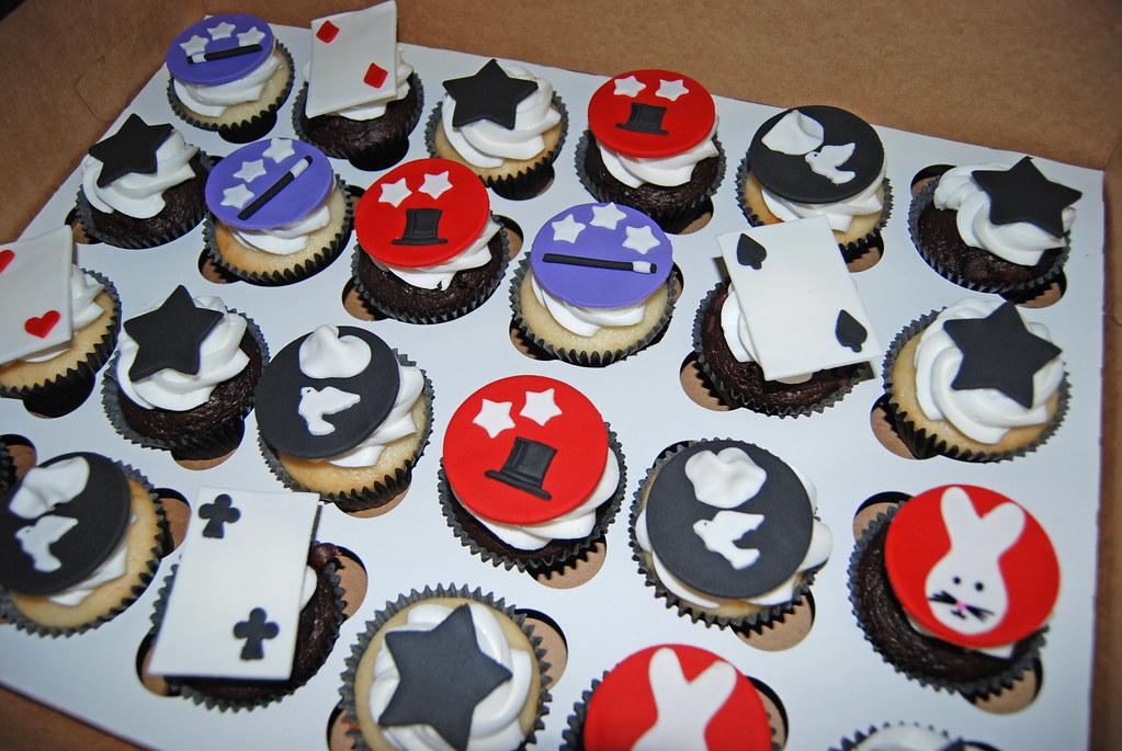 Magic Themed Cupcakes For A 7th Birthday