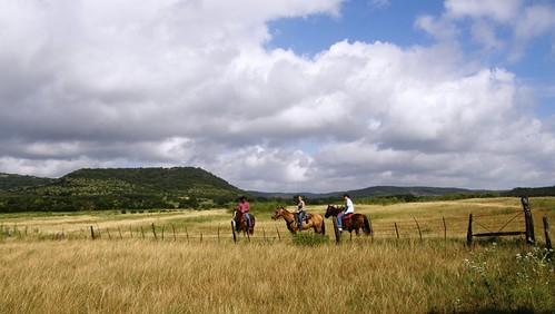 texas horsebackriding logcabins duderanch guestranch texasranch duderanchvacation guestranchvacation cowboybreakfasts horsebackridingrunningrguestranch