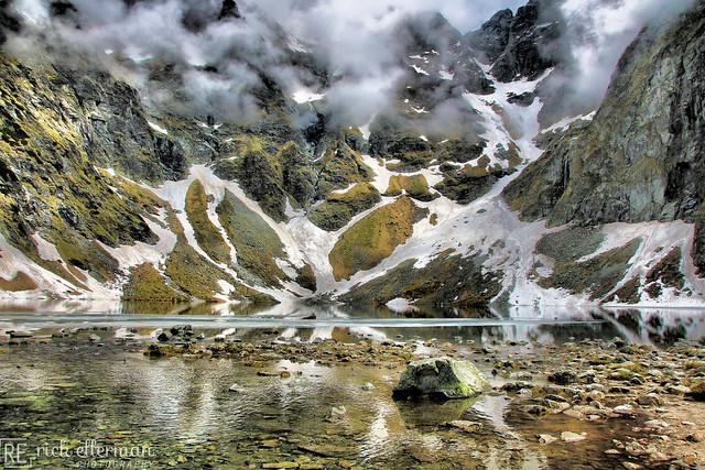 Czarny Staw pod Rysami/Black Lake below Mount Rysy