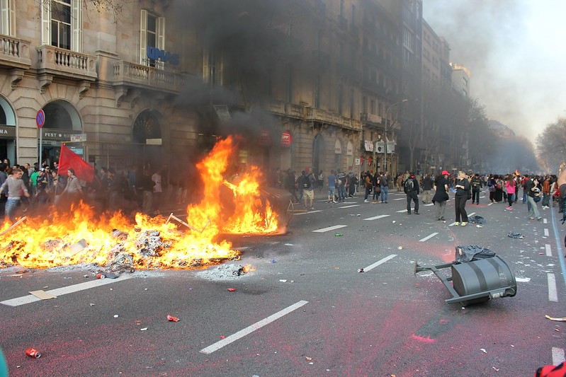 Disturbios en Barcelona tras la manifestación de la huelga general del 29M _IMG_2083