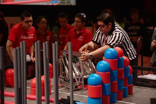 Competition at VEX Worlds_1884   by vexrobotics