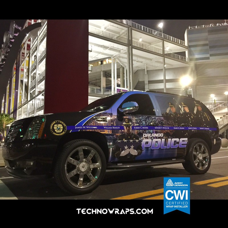 SUV police wrap graphics by TechnoSigns