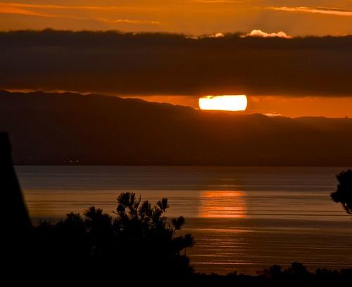sunrise sanfranciscobay dalycity marinelayerovereastbayhills