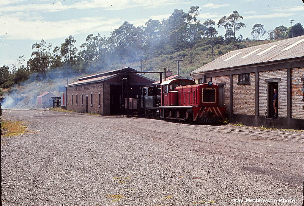 Rotowaro Feb 1971 with a couple of modes of shunting in view