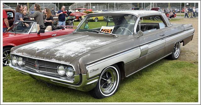 1962 Oldsmobile Starfire Hardtop