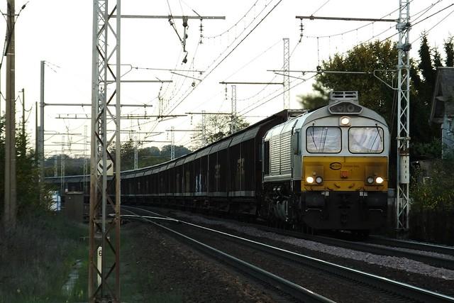Class 77 77028 Amboise (37 Indre et Loire) 10-11-13a