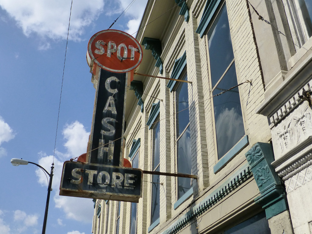 Bowling Green, KY Spot Cash Store neon sign | Found in the B… | Flickr