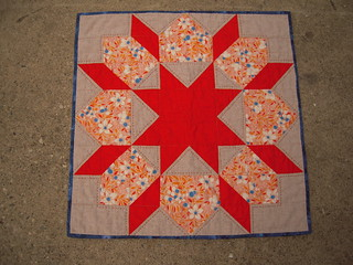 Tangerine Tango Swoon Mini Quilt | by Bertadel