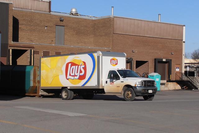 Pepsico Canada R03010 Frito Lay Ford F-450 delivery truck Ottawa, Ontario 03262012 ©Ian A. McCord