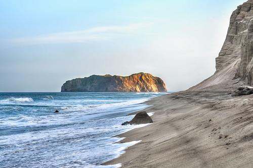 My Lonely Island - Niijima Coast at Sundown | by Sprengben