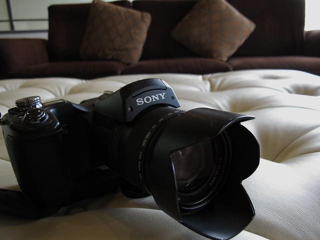 SONY DSC-F828.