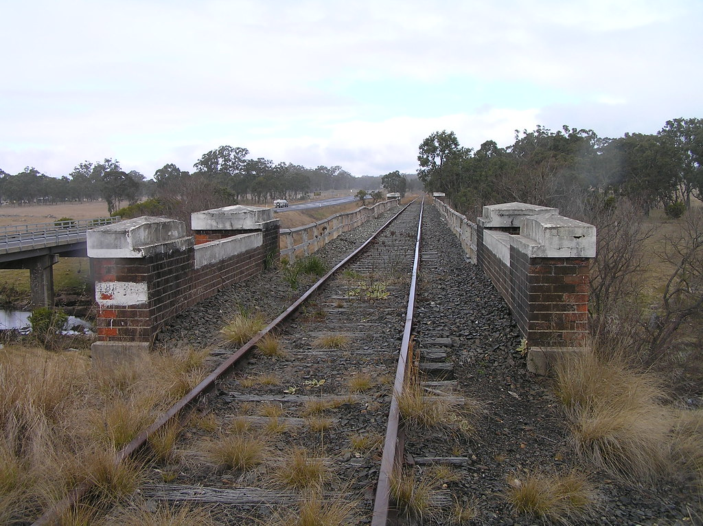 Old railway bridge of the NSWGR line over the Tenterfield Creek, NSW (looking south) by Dave Murchie