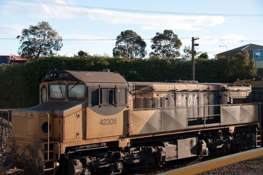 QRN's 42305 at Port Shipping Containers Terminal - Sydney by John Cowper