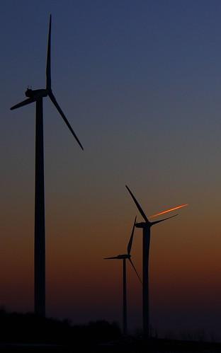 sunset canon sonnenuntergang windrad windturbine windräder windkraftanlage damncool byncsa ccbyncsa cloudsstormssunsetssunrises canoneos600d