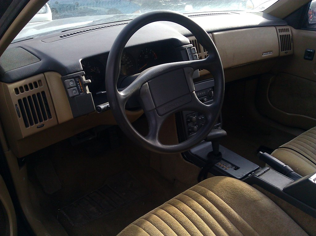 1990 Pontiac Grand Am Gt The Interior Was In Very Good Sha Flickr