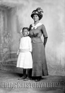 Mom & Me | 1914