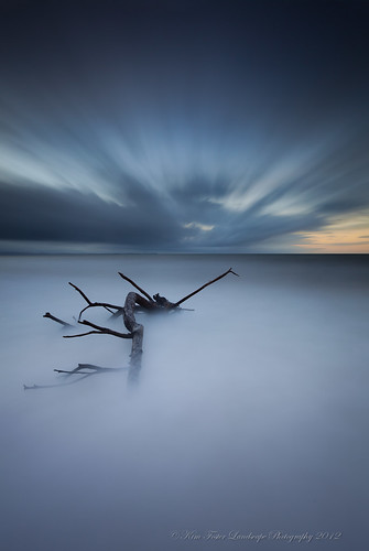 ocean longexposure seascape colour clouds sunrise canon dawn moody australia wideangle driftwood le queensland bribieisland silky nd400 1740lusm hitechfilters 5dmkii