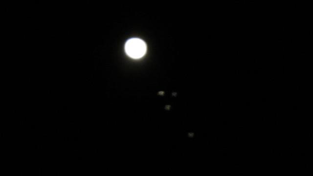 IMG_0138jupiter 4 moons one side