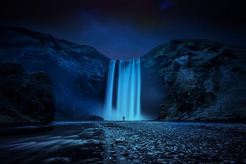 fall water night island waterfall iceland south foss dominic kamp skogáfoss